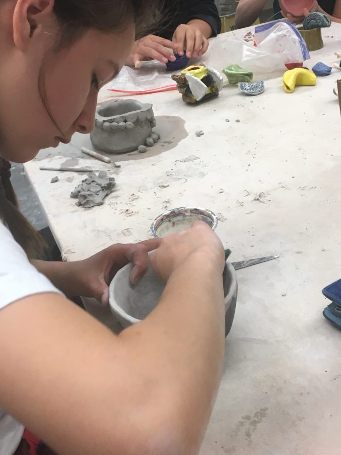 Makenzie+Gunn+hard+at+work+in+her+ceramics+class