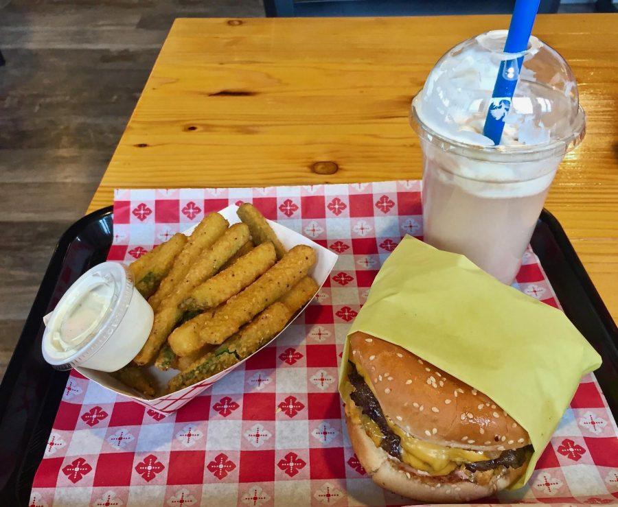 More+Burgers+and+Shakes%3A+Best+Burger+in+Town%2C+Even+Better+Fries